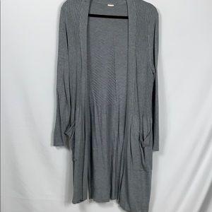 "Grey long sleeved mid-length cardigan sweater 19"""